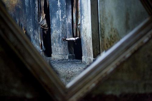 WExplain.ru - Почему ночью нельзя смотреть в зеркало?