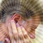Почему иногда звенит в ушах?