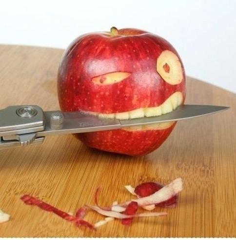 Почему нельзя есть с ножа?