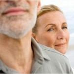 Почему женщины живут дольше мужчин?