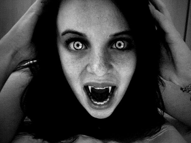 WExplain.ru - Существуют ли вампиры?