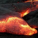 Почему лава горячая?