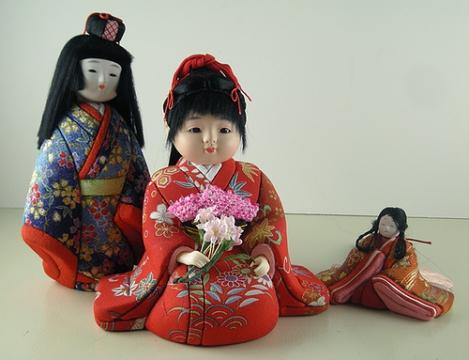 WExplain.ru - Куклы в Японии, больше, чем игрушки?