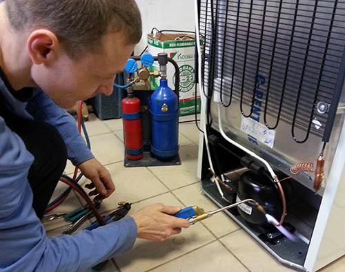 ремонт холодильников сименс