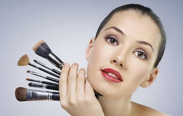 WExplain.ru - Как правильно наносить макияж?