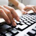 Зачем на клавиатуре буквам А и О черточки?